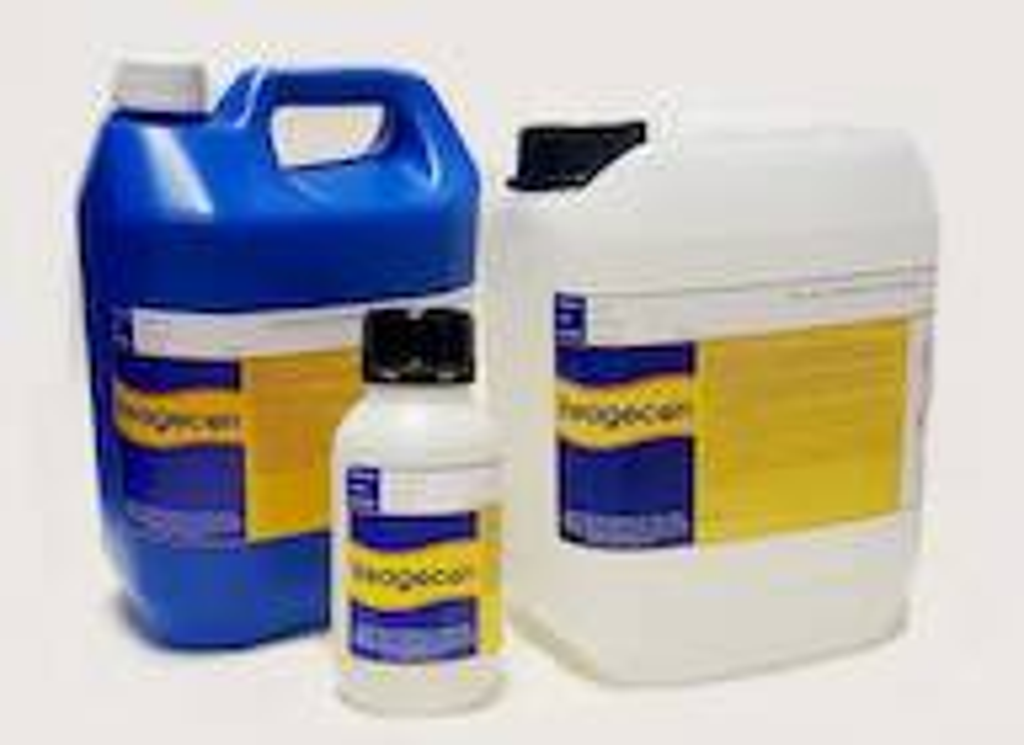Reagecon IPA 70% w/v 30% HO Cleaning Solution