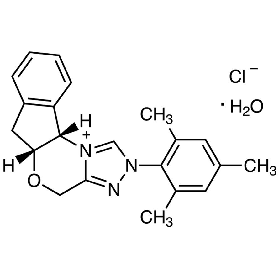 (+)-(5aR,10bS)-5a,10b-Dihydro-2-(2,4,6-trimethylphenyl)-4H,6H-indeno[2,1-b][1,2,4]triazolo[4,3-d][1,4]oxazinium Chloride Monohydrate