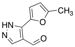 3-(5-Methylfuran-2-yl)-1H-pyrazole-4-carbaldehyde